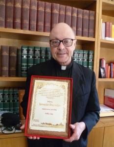 Mons. Barreiro premiato alla Marcia per la Vita 2013