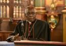 Il cardinale Sarah confuta il gesuita pro-gay