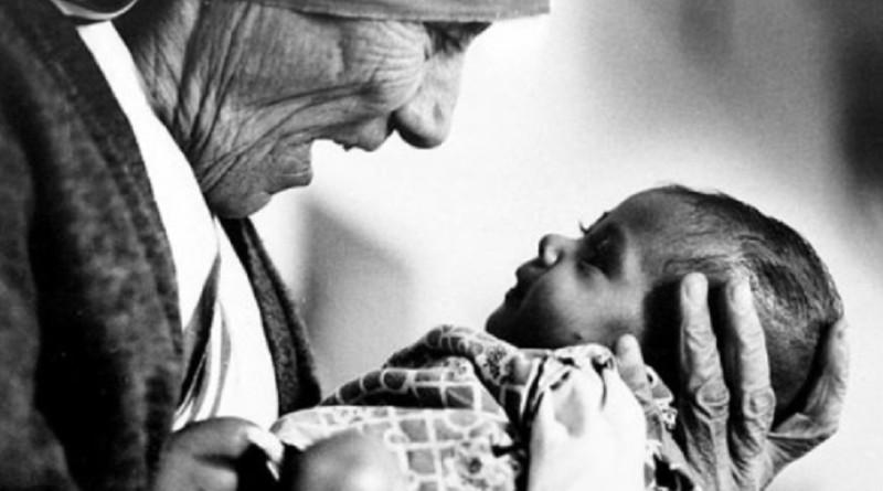 Madre-Teresa-frasi-poesie-vita