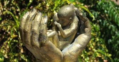 È tempo di ripensare alla questione dell aborto Immagine in evidenza