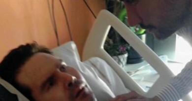 Il padre di Lambert denuncia l'«omicidio in corso d'opera» di suo figlio FOTO IN EVIDENZA