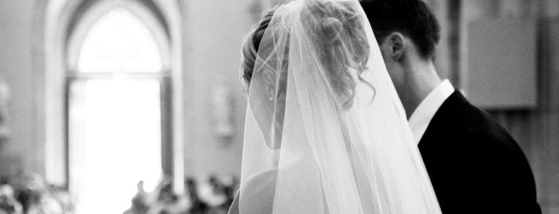Mariage célébré dans une église